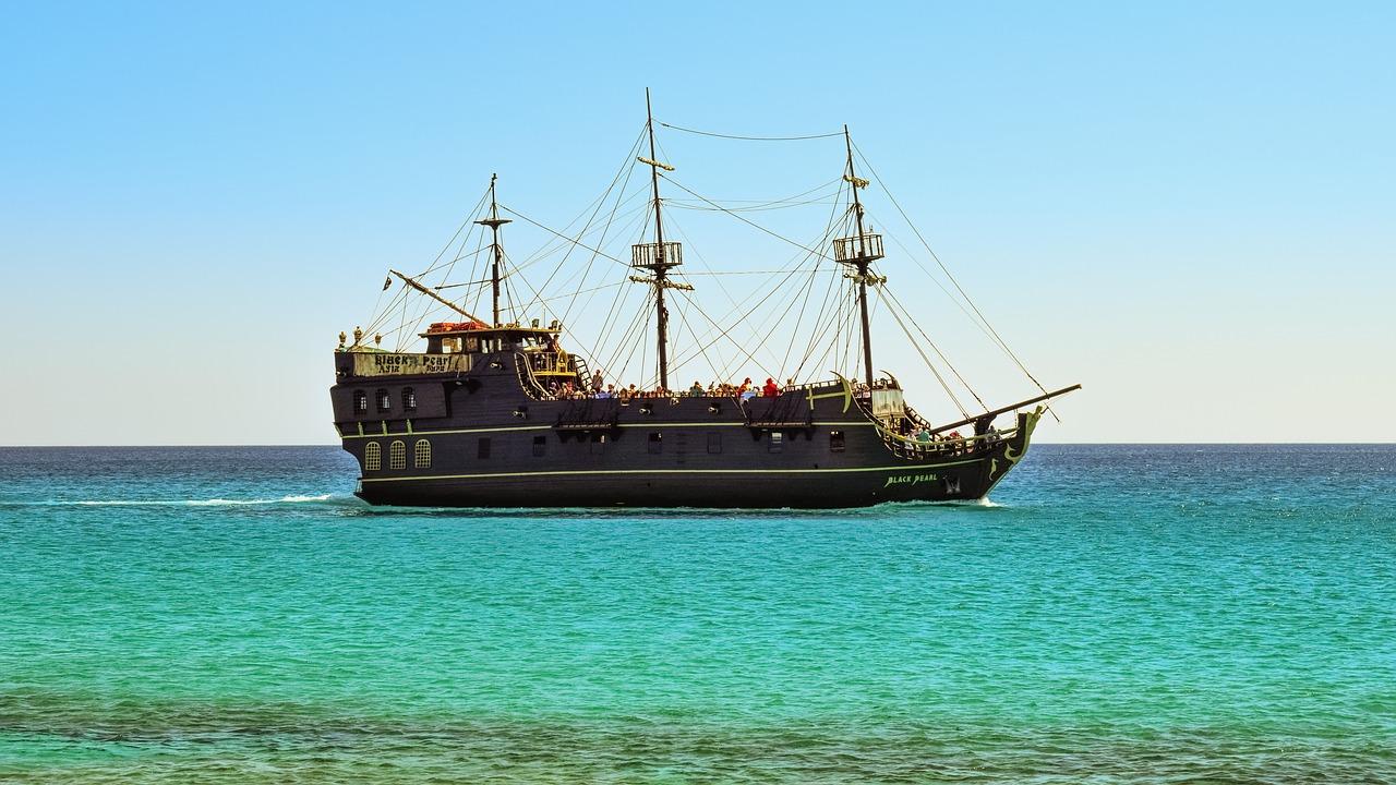 【安定のパイレーツ】デート的映画批評#2「パイレーツ・オブ・カリビアン/最後の海賊」【ラストは号泣必至!?】