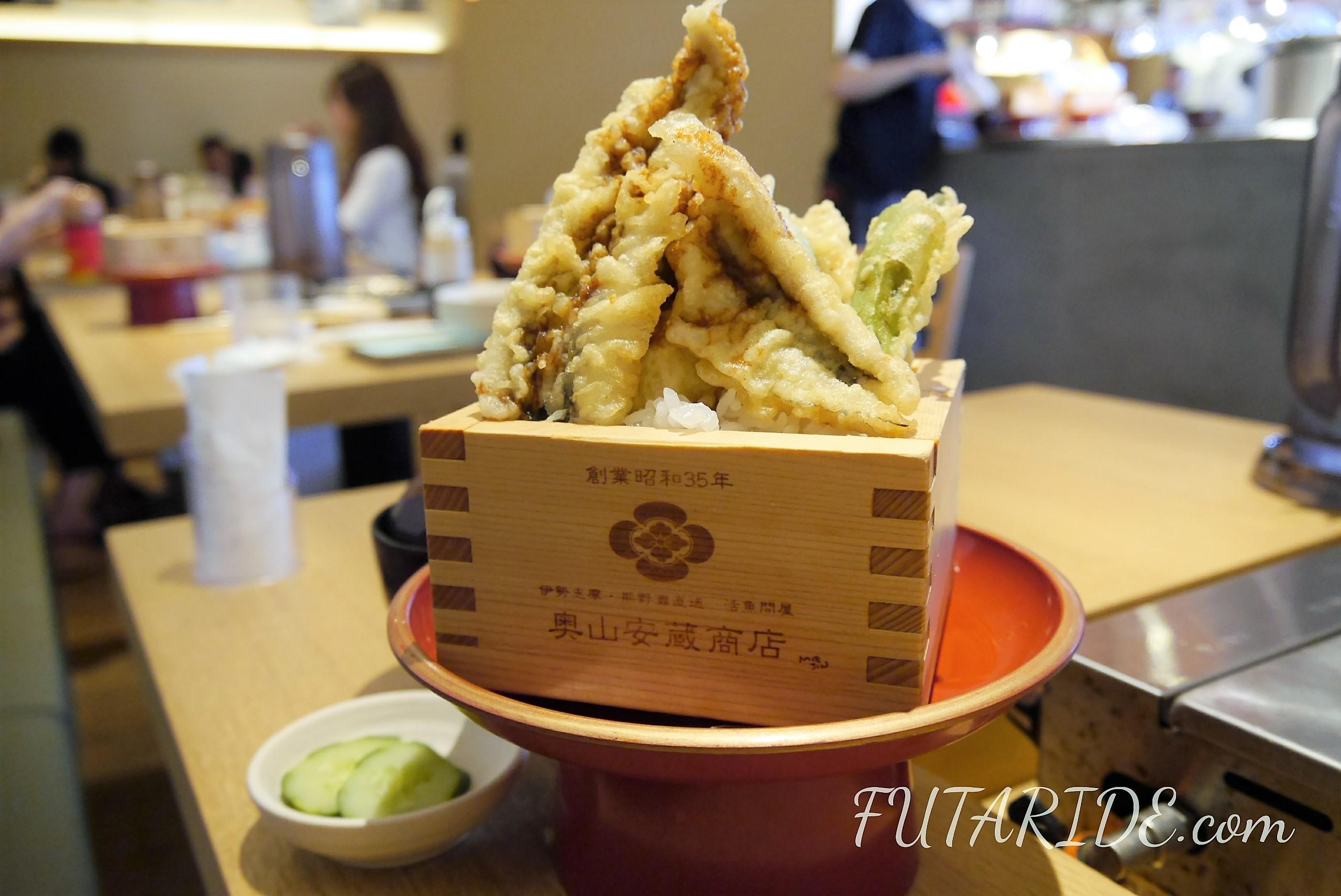 奥山安蔵店 海鮮丼 メイカーズピア