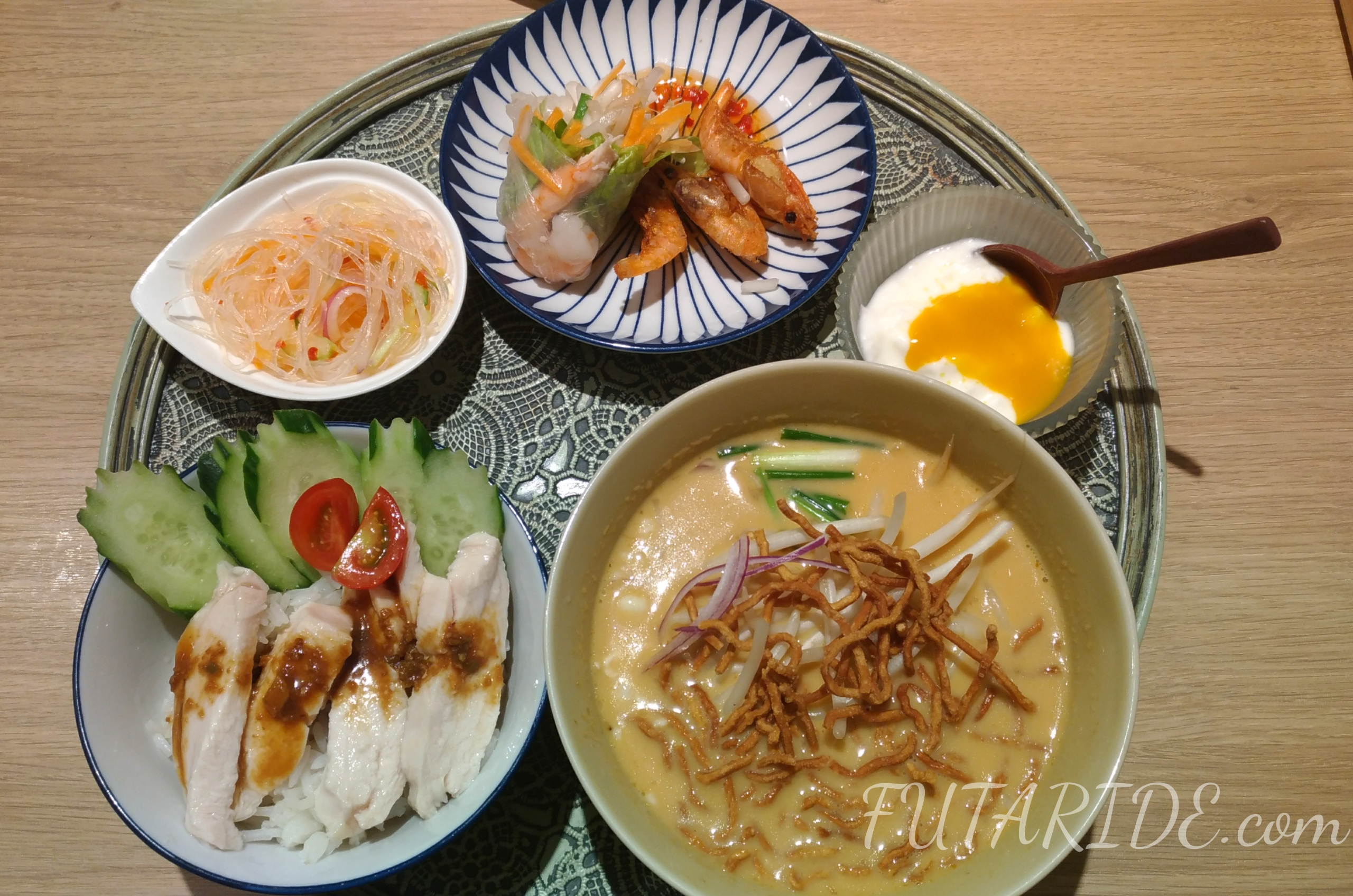 Rice people nice people エスニック料理 タイ料理