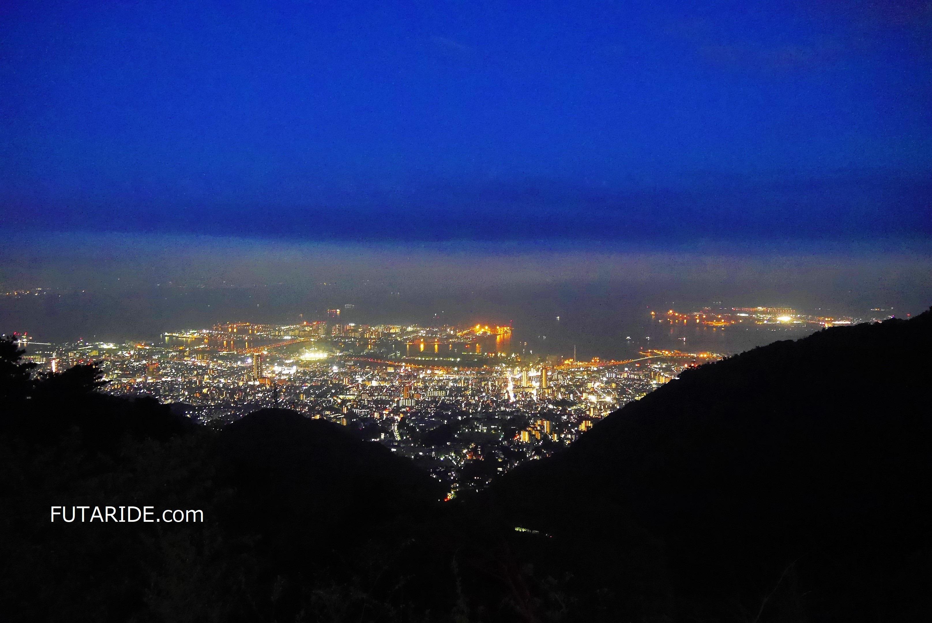 【夜景デート】六甲山の超穴場夜景スポット「鉢巻展望台」六甲山で夜景ならココが一番!