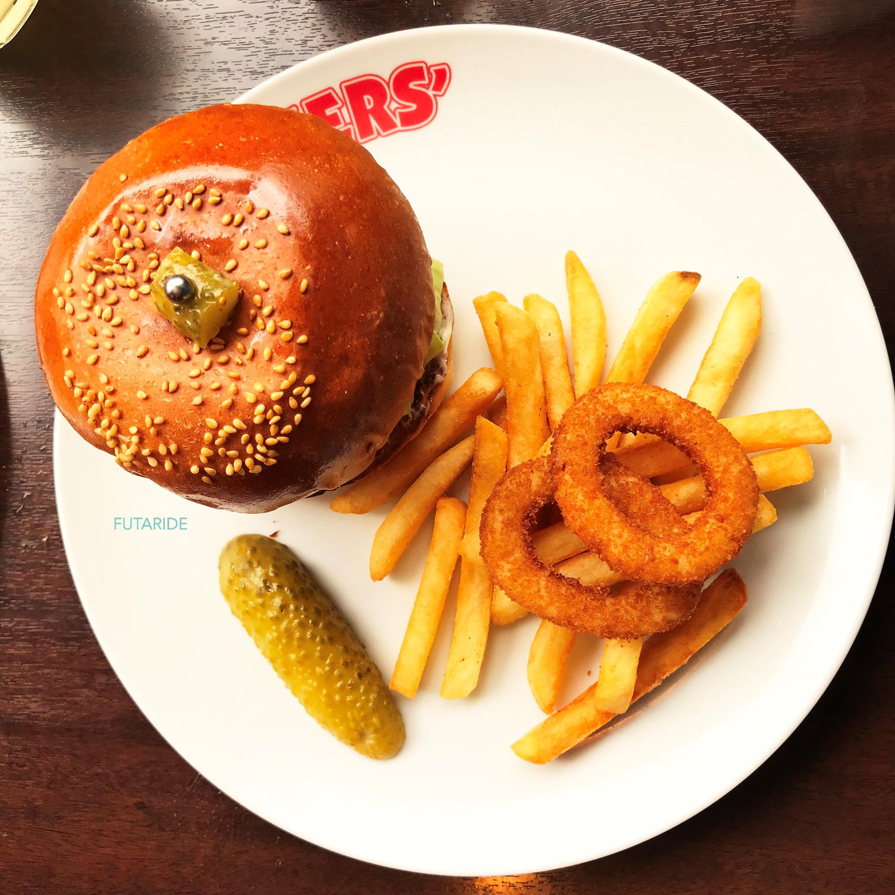 【元祖グルメバーガー】ブラザーズ(BROZERS`)の絶品ハンバーガー!ランチデートにピッタリ!【人形町】