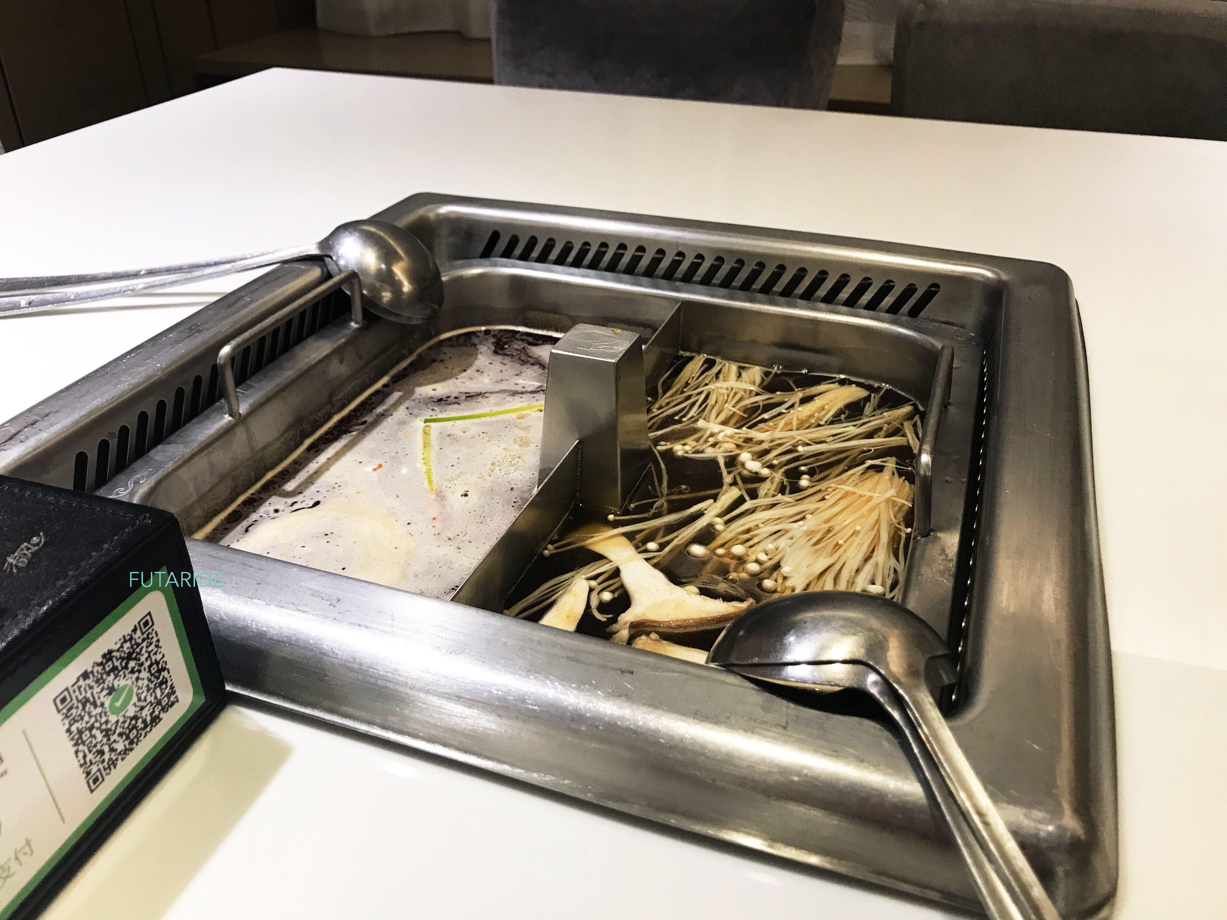 【本場の味が楽しめる!】海底撈火鍋 (ハイディーラオ)池袋店【まるで中国?】